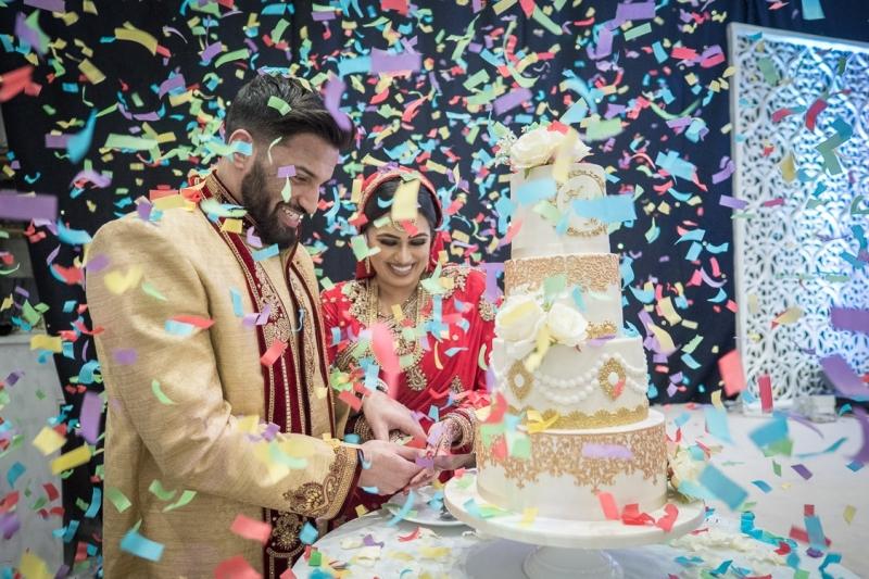 venue-central-luton-cake-cutting-Confetti-bride-and-groom