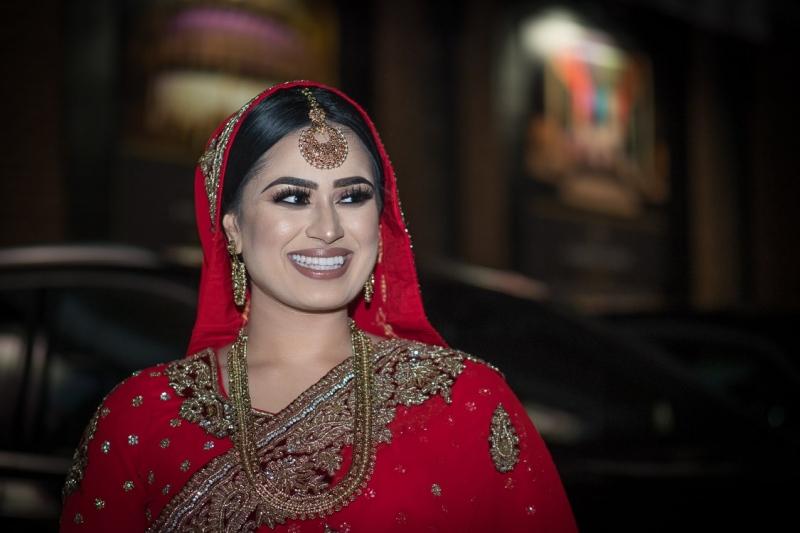 asian-bride-luton-wedding-dress-jewellery