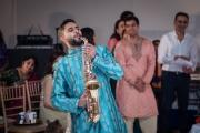 saxaphone-player-at-wedding