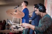 wedding-drum-player