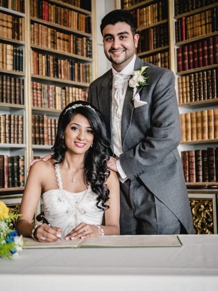 civil-ceremony-wedding-photo-wrest-park-bedfordshire