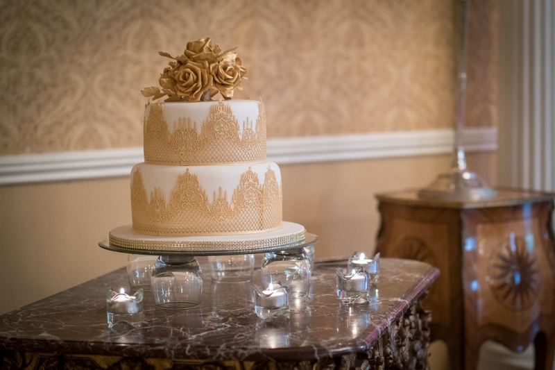 finnstown-castle-hotel-wedding-cake