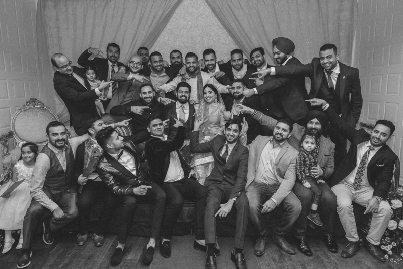 finnstown-castle-hotel-wedding-group-portrait