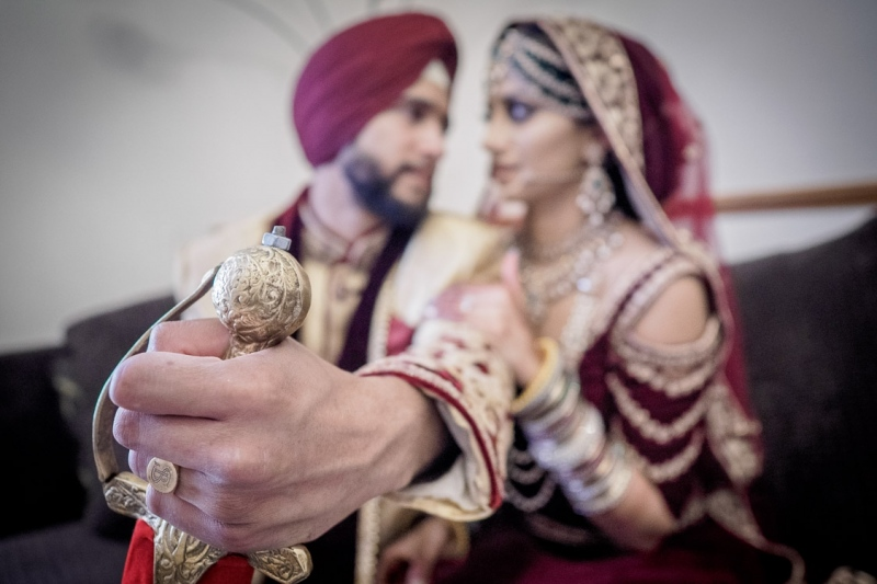 sikh-wedding-reading