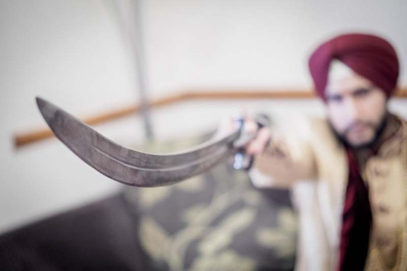 wedding-sikh-photographer-reading
