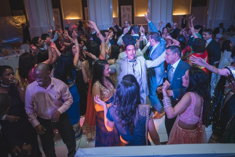 asian-wedding-reception-asian-weddings-at-the-centre-banqueting-southall