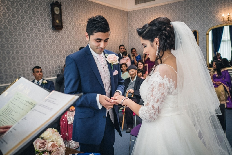 hounslow-civil-wedding-ceremony