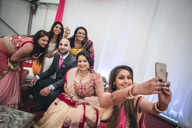 selfie-with-wedding-guests