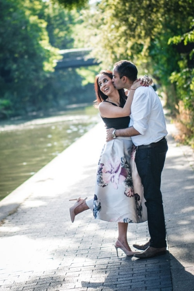 regents-park-wedding-couple