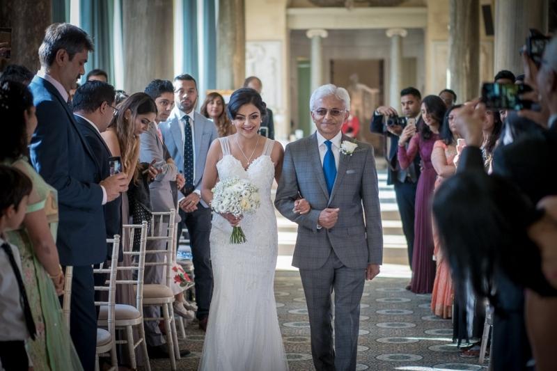 civil-ceremonies-at-the-sculpture-gallery-woburn-milton-keynes