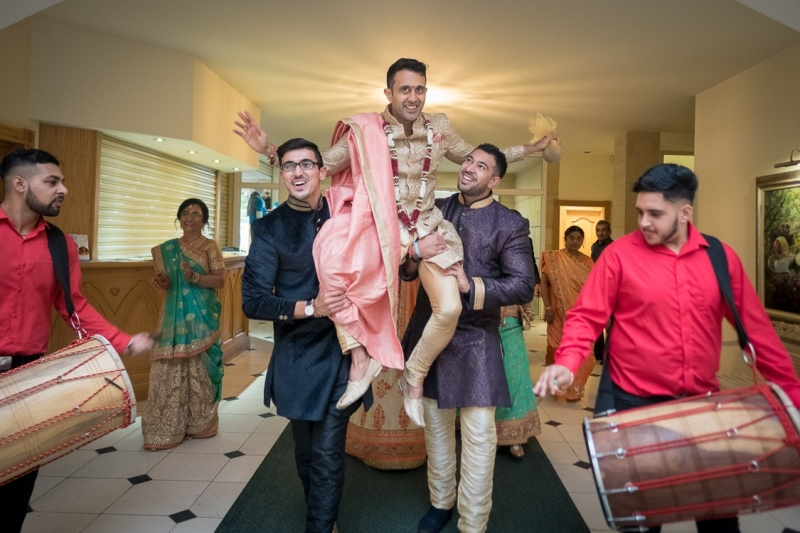 asian-groom-dhol-players-northamptonshire